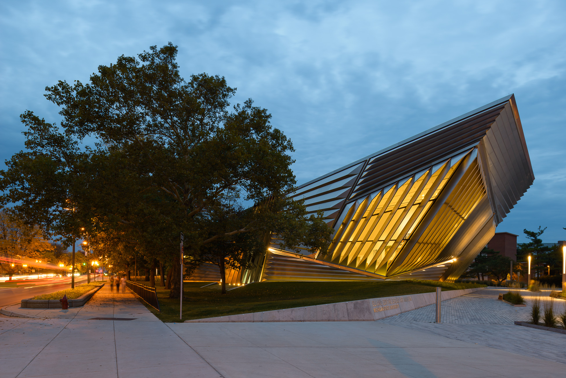 Doublespace Photography Zaha Hadid Architects Broad Museum Lansing - Exterior at twilight