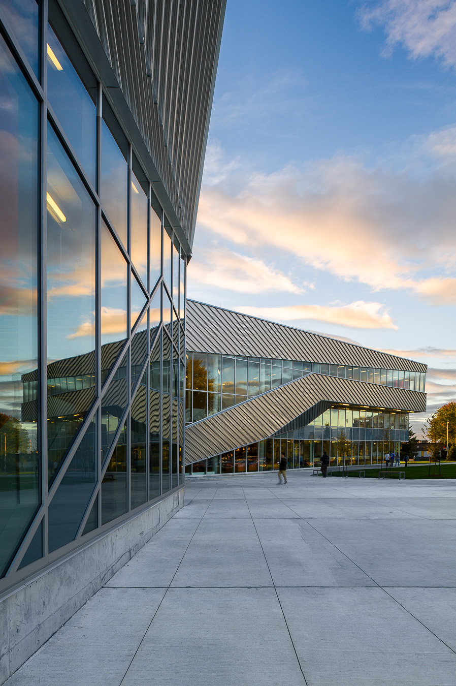 16-Teeple architects algonquin student commons toronto architectural photography canada.jpg