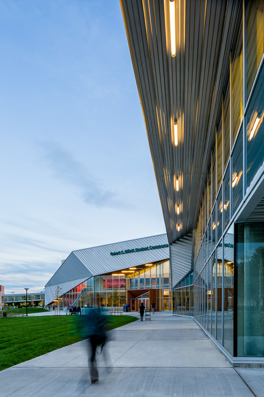 18-Teeple architects algonquin student commons toronto architectural photography canada.jpg
