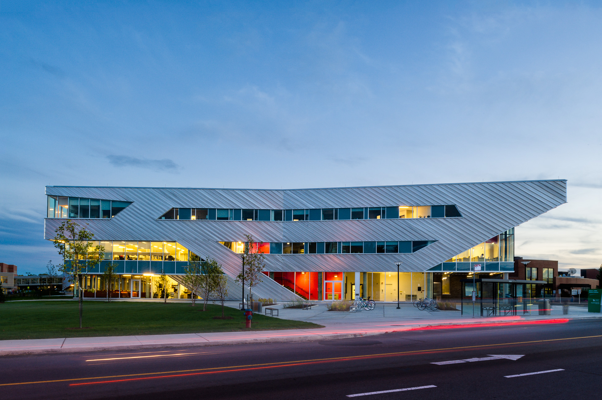 20-Teeple architects algonquin student commons toronto architectural photography canada.jpg