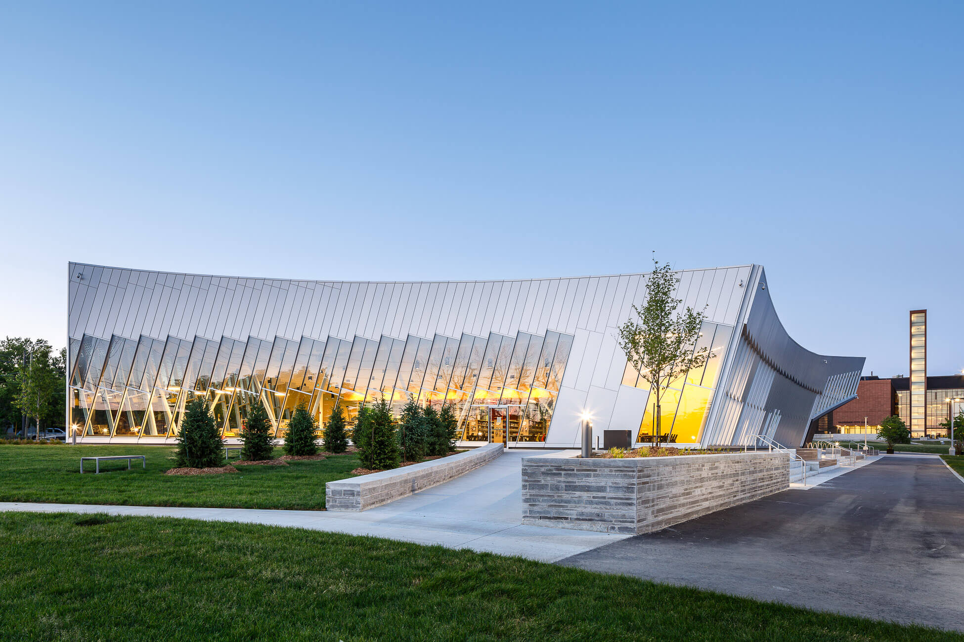 308-ZAS Architects Vaughan Library-Edit