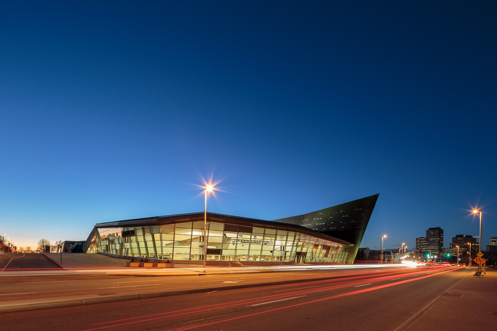 Doublespace Ottawa Architectural Photography Moriyama Teshima GRC Can War Museum South East Elevation dusk