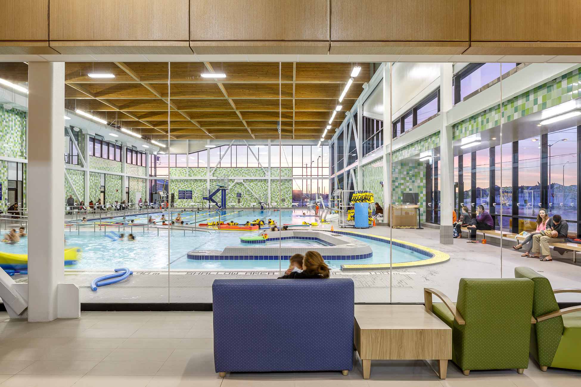 Perkins_Will_Barrhave_Rec_Centre_doublespace_architecture_photography-438