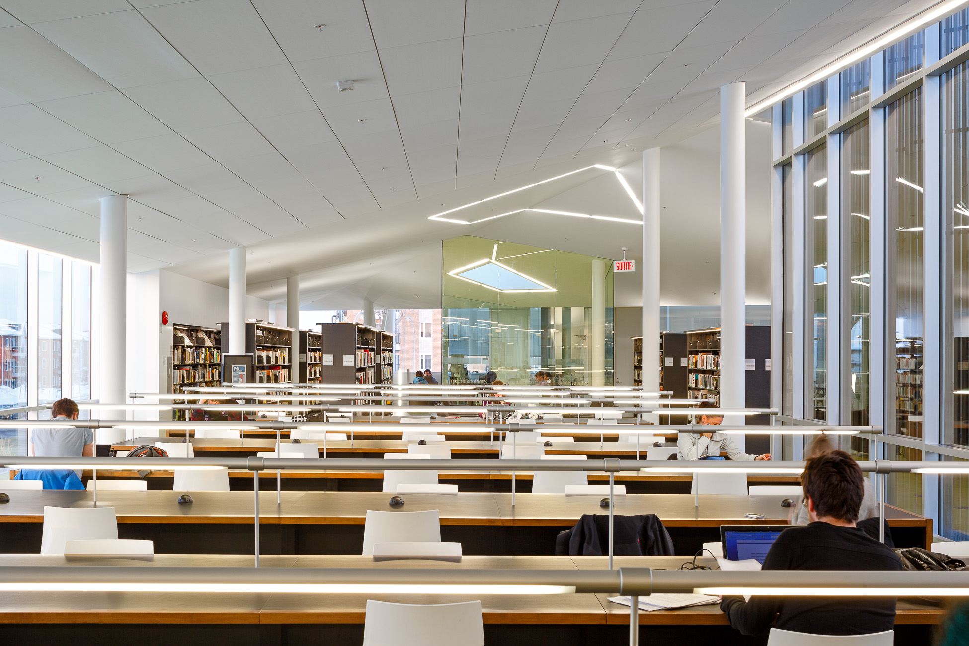 doublespace_architecture_photograph_montreal_library_bibliotheque_raymond_levesque -8.jpg