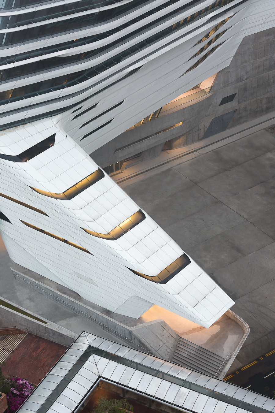 doublespace_innovation_tower_hong_kong_zaha_hadid_architects-23-Edit.jpg