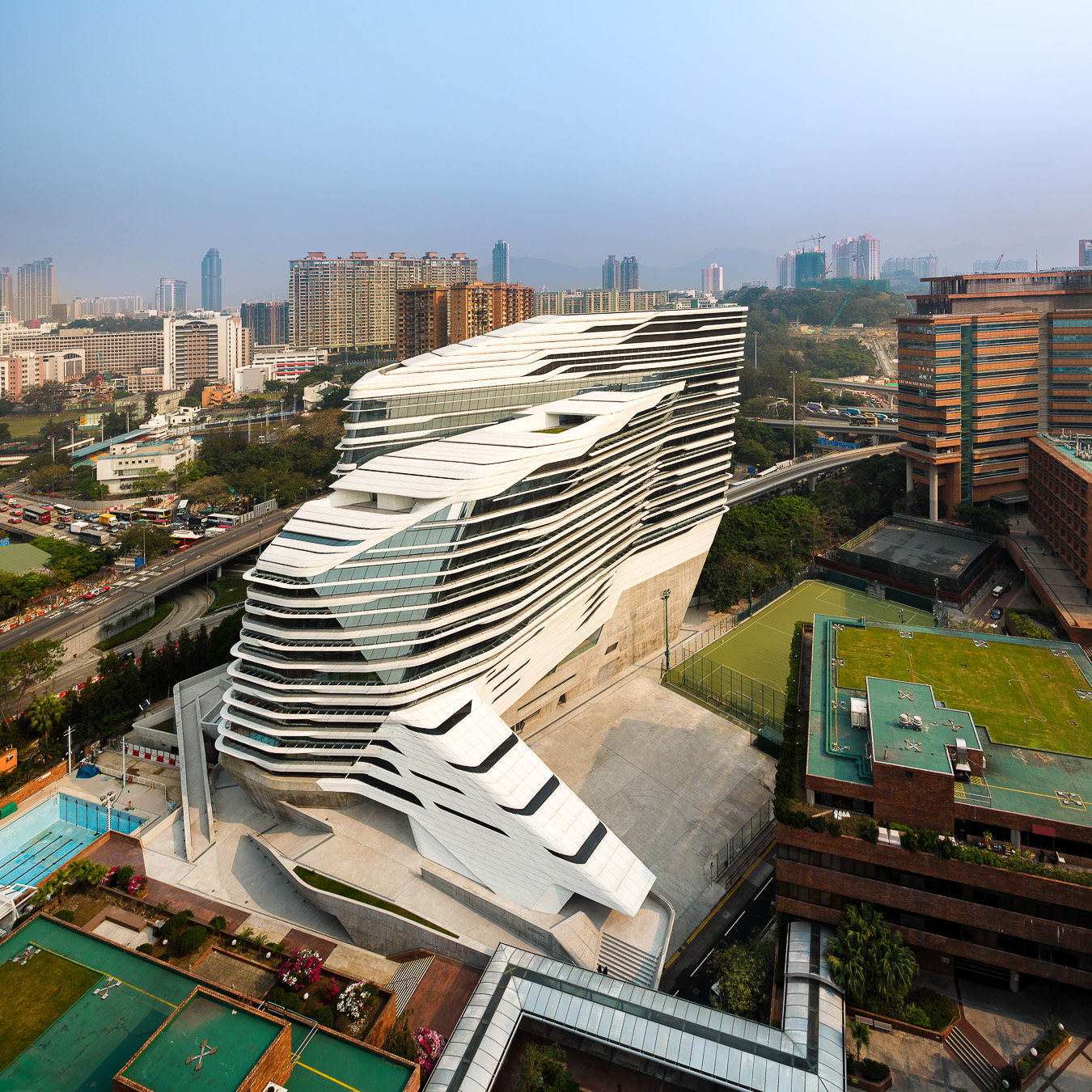 doublespace_photo_zaha_hadid_innovation_tower-171.jpg